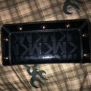 NEW- Michael kors wallet